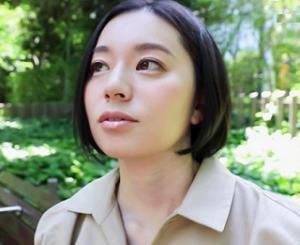 南アルプスの湧き水よりも澄み切った120%天然素材の美人妻 平井栞奈 34歳 AV DEBUT